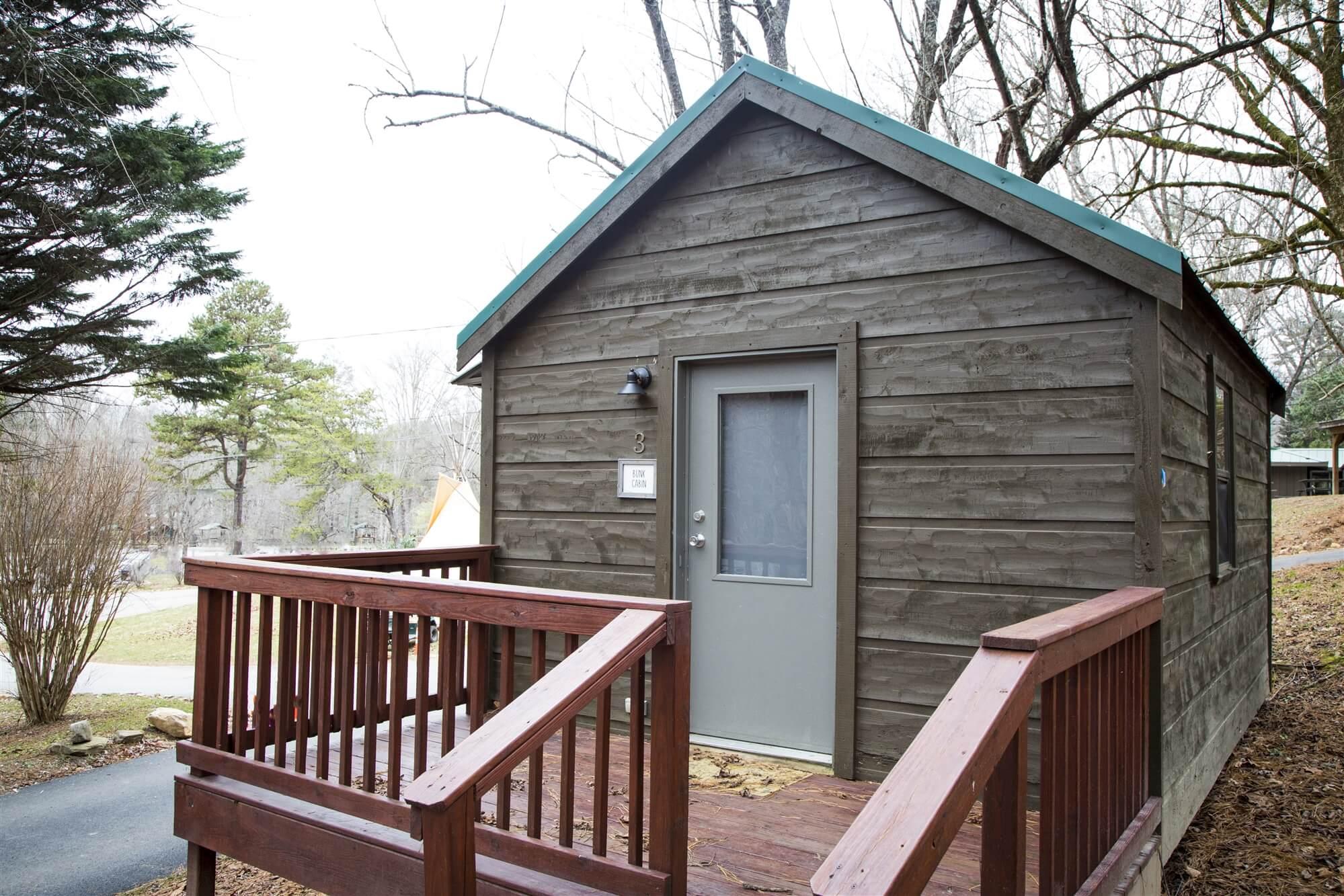 Cabins - Little Arrow Outdoor Resort